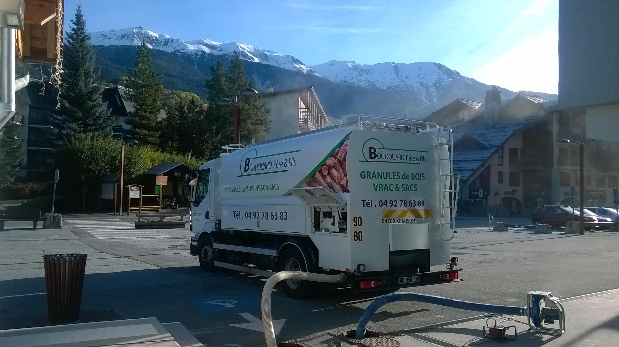 Granules de bois Vrac ~ Granulés bois Pellets Oraison (04) Manosque Alpes de Haute Provence (04) # Granulés Bois Vrac